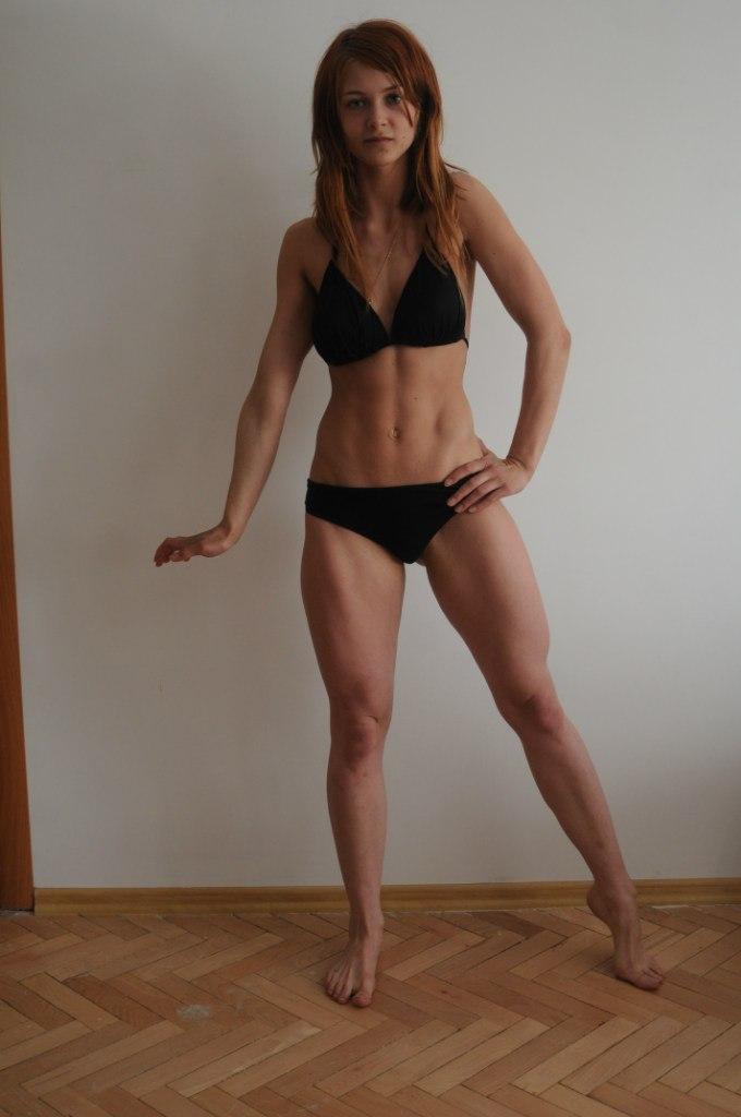 Женские накаченные ноги порно фото