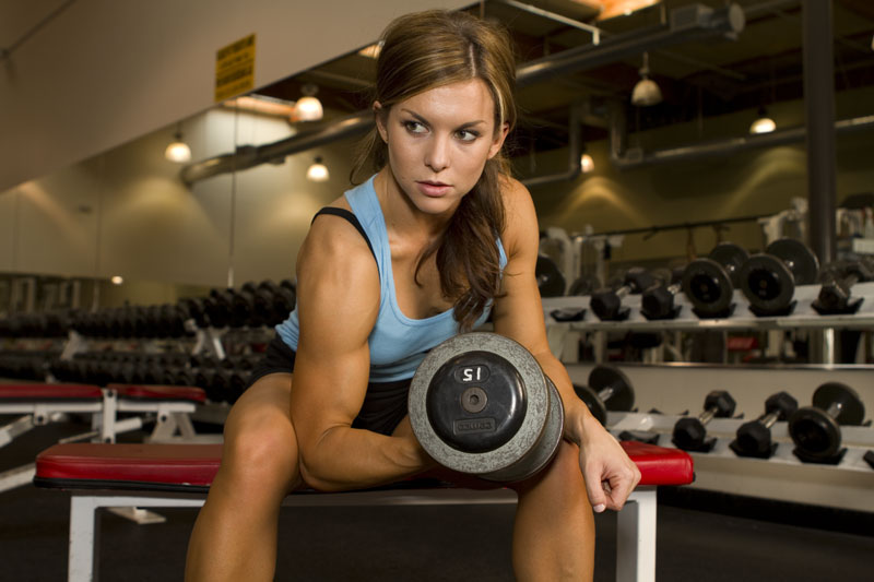 girls-get-your-guns-why-women-should-lift-weights_b