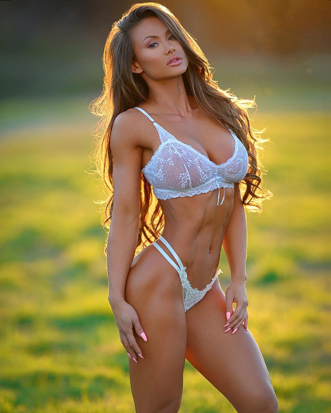 Michie Peachie - Michie-Peachie-22 - Great Muscle Bodies -5803