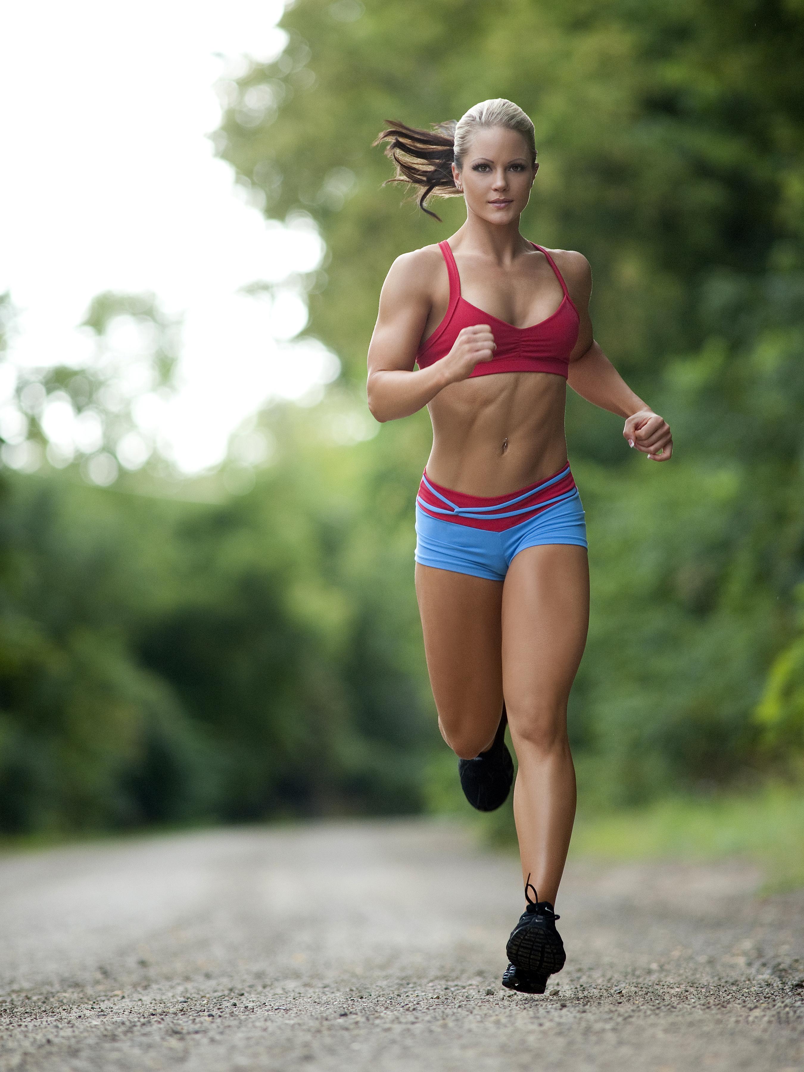 Nicole Wilkins - Nicole-Wilkins-Autographed-Running-Photo -9286