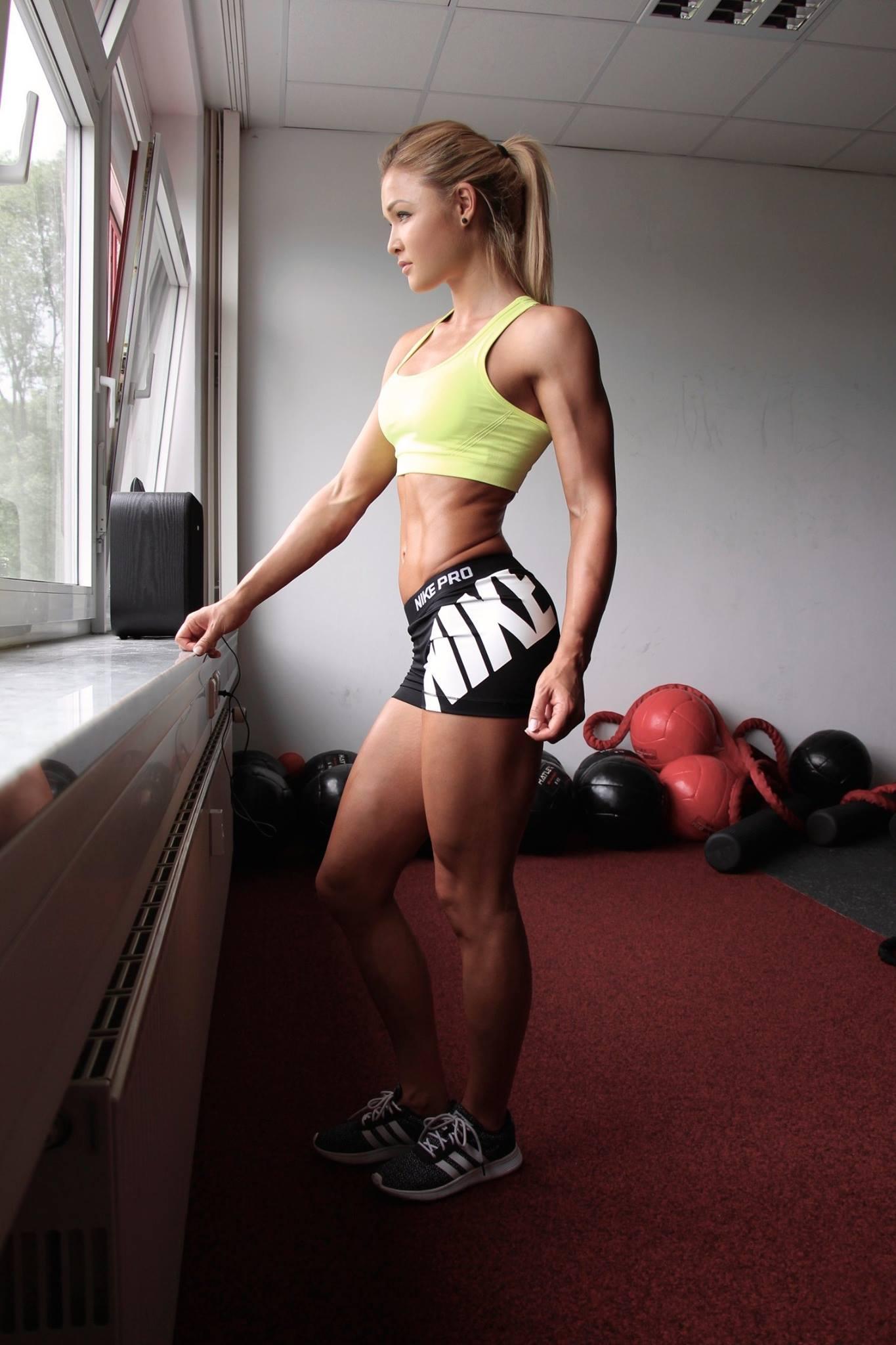 muscular women porn video