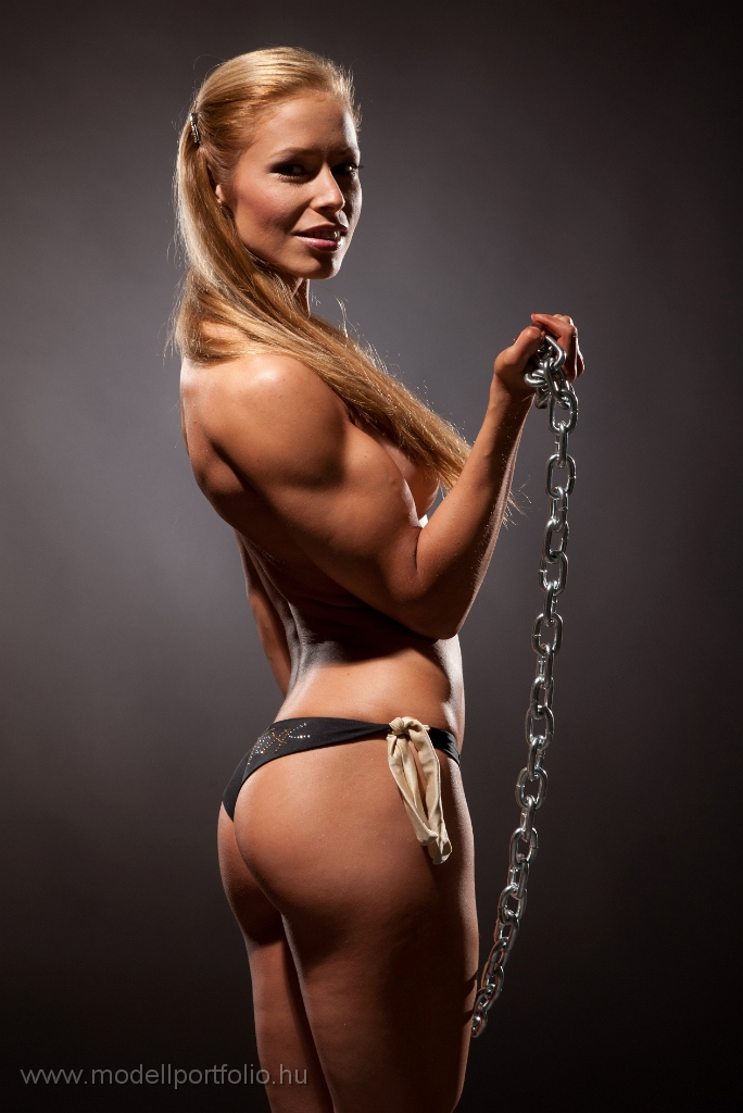 fit female models naked